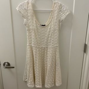 White/cream lace dress